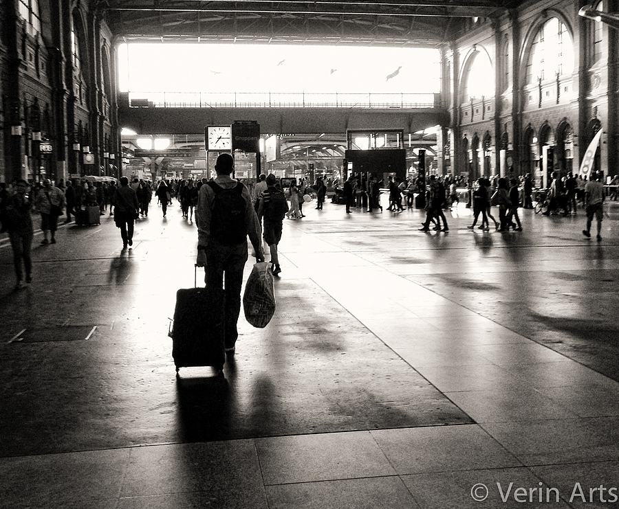 Zurich Station | LENS MODEL NOT SET <br> Click image for more details, Click <b>X</b> on top right of image to close
