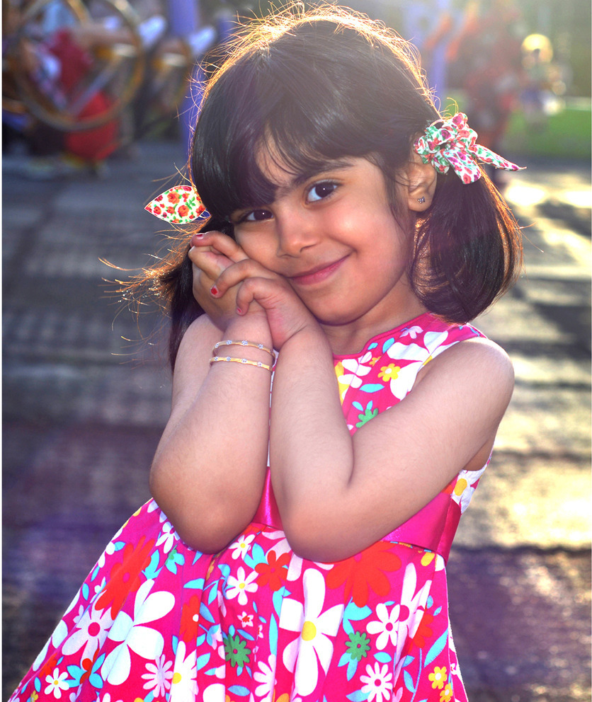 Yasna | NIKON 50MM F/1.8 <br> Click image for more details, Click <b>X</b> on top right of image to close