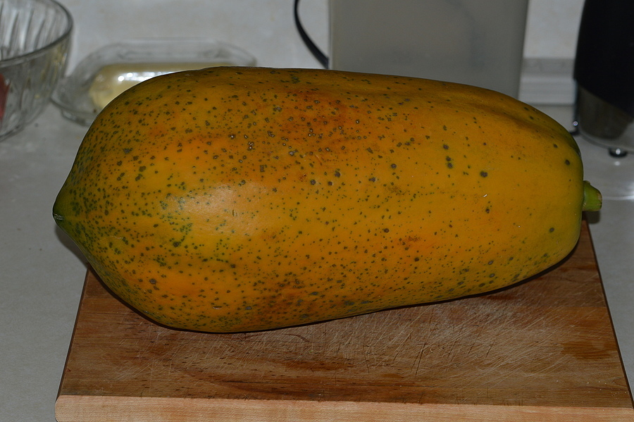 A Ripe 5 Lb. papaya ( Home Grown ) | NIKON 70-300MM F/4.5-5.6G IF-ED AF-S VR <br> Click image for more details, Click <b>X</b> on top right of image to close