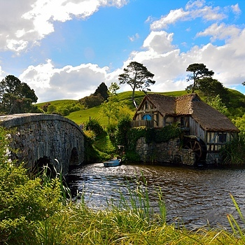 Hobbiton | NIKON 35-105MM F/3.5-4.5 AF <br> Click image for more details, Click <b>X</b> on top right of image to close