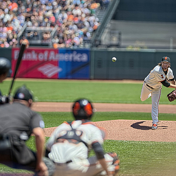 San Francsoco Giants; Jake Peavy | NIKON 200MM F/2.0G ED-IF AF-S VR <br> Click image for more details, Click <b>X</b> on top right of image to close