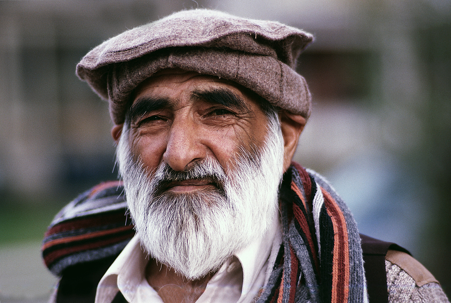 Old Afghani man | MAKINON 28-80MM 3.5 MC AI  <br> Click image for more details, Click <b>X</b> on top right of image to close