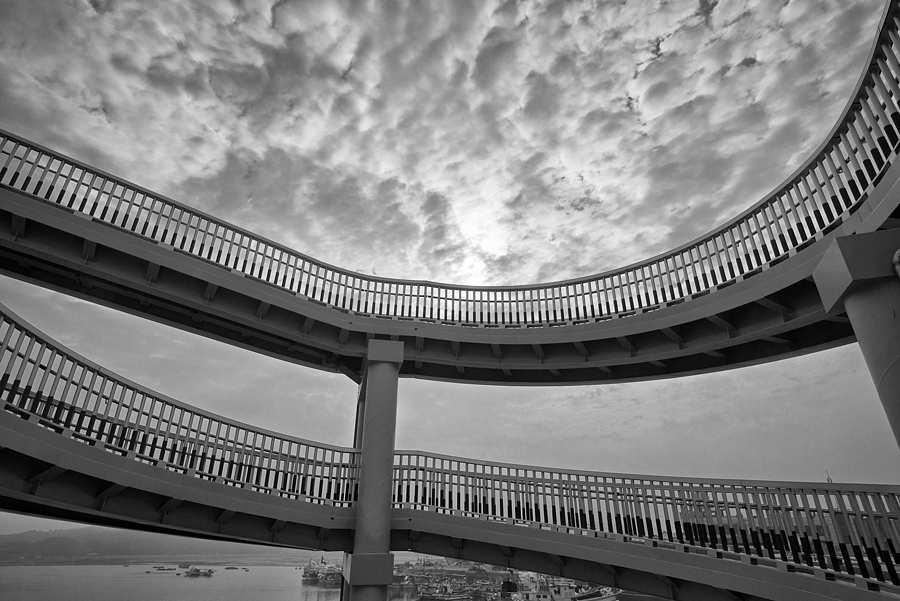 Photo - 36610 | NIKON 20MM F/2.8 <br> Click image for more details, Click <b>X</b> on top right of image to close