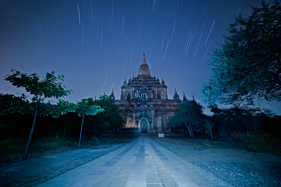Bagan Star Trails | NIKON 14-24MM F/2.8G ED AF-S N <br> Click image for more details, Click <b>X</b> on top right of image to close